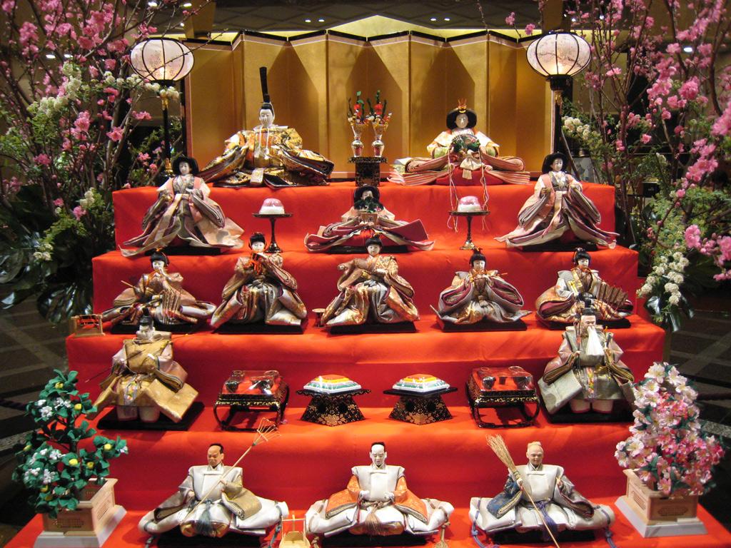 (Hina Matsuri)Fiesta de las Muñecas.3 de marzo Hina_matsuri_display